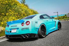 tiffany blue bentley liberty walk sky blue godzilla gt r r35 with armytrix exhaust