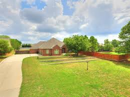 homes for sale in southgate elementary in moore schools