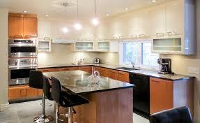 armoire de cuisine moderne coulis de caramel nouvelle cuisine design