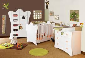 chambre de bébé jungle deco chambre bebe animaux de la jungle visuel 1