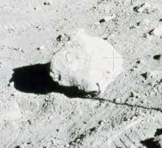 Flag On The Moon Conspiracy How Do We Know The Moon Landing Really Happened The National