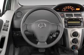 toyota steering wheel 2011 toyota yaris reviews and rating motor trend