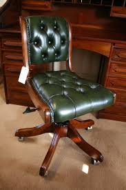 Leather Executive Desk Chair Inspirations Decoration For Traditional Leather Office Chair 5