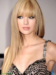 taylor swift long straight blonde hair with bangs 2017