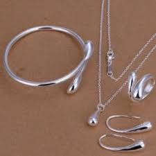 necklaces for https gloimg rglcdn rosegal pdm product pic