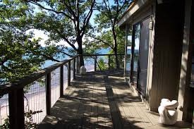building tropical climate coastal homes low maintenance beach