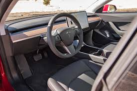 video exclusive a closer look at the tesla model 3 u0027s interior
