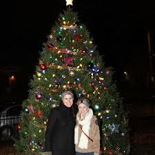 spread joy at the 4th annual noda christmas tree lighting