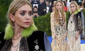 granny chic granny chic mary kate and ashley olsen match in edwardian inspired