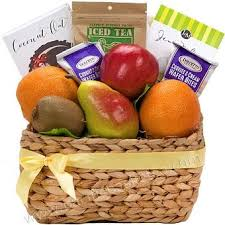 Fruit Gifts Best 25 Fruit Gift Baskets Ideas On Pinterest Fruit Basket