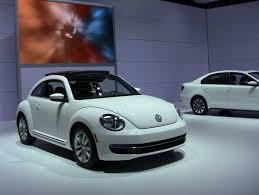 volkswagen beetle diesel video 2013 volkswagen beetle tdi debuts at the 2012 chicago auto