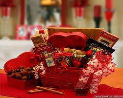 valentines presents for him valentines day ideas him 25 valentines day ideas
