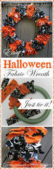 Halloween Decorations You Can Make At Home by Top 25 Best Halloween Wreaths Ideas On Pinterest Halloween Door