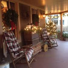 Winter Home Decor Renee Hubiak U0027s Wonderfully Festive Porch Country Farmhouse