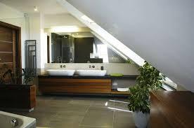 arredo mansarda moderno arredare il bagno in mansarda foto design mag