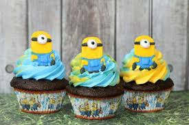 minion cupcakes chocolate cupcakes