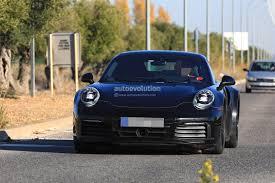porsche ceo plug in hybrid porsche 911 coming by 2024 ceo confirms