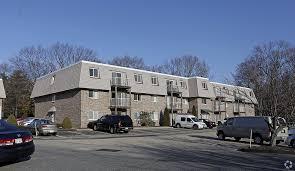chestnut place apartment homes rentals ashland ma apartments com