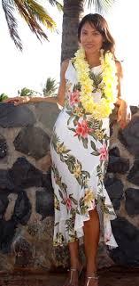 hawaiian themed wedding dresses na ni lo a polynesian sundance hawaiian wedding dress lavahut