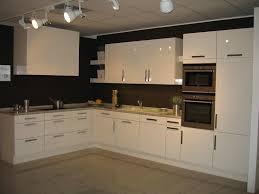 cuisines modernes des cuisines modernes model cuisine en bois meubles rangement