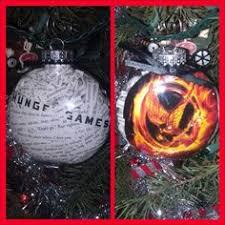 diy hunger ornaments quotes ornament top row supplies