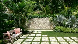 Tropical Gardening Ideas Small Tropical Theme Home Garden Design Ideas Imposing Wood And