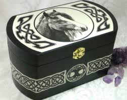 Crystal Keepsake Box Custom Celtic Claddagh Box Black Wooden Claddagh Jewelry