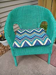 Spray Paint Wicker Patio Furniture - spray painted 5 wicker chair my own home