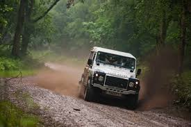 land rover bowler third round of defender challenge by bowler series delights