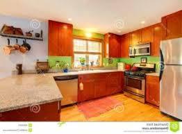 cuisine jaune citron déco cuisine jaune et 14 dijon deco cuisine jaune pale