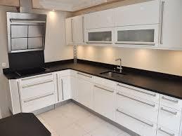 plan de travail cuisine noir plan de travail granit noir noir furniture side table z12