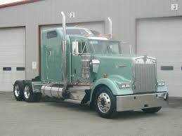 trucking companies with kenworth w900 kenworth w900 love the color big rigs pinterest colours