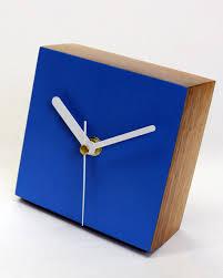 Modern Desk Clock Desk Clock Square Matt Pugh Modern Design Cosas