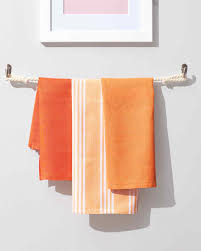 Towel Designs For The Bathroom 16 Diy Home Projects You Can Do For Less Than 100