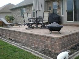 Stone Patio Design Ideas by Raised Patio Designs 1000 Ideas About Raised Patio On Pinterest