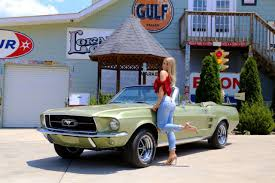 ford mustang 8 8 rear end 1967 ford mustang convertible 289 automatic power disc brakes 8