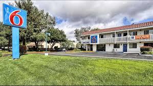 motel 6 petaluma hotel in petaluma ca 79 motel6 com