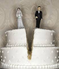divorce cake toppers this divorce cake is a traditional white two tiered wedding cake