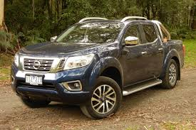 nissan navara st x dual cab 2017 review carsguide