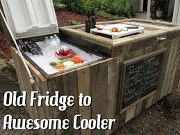 Instructables Awesome Rustic Cooler From Broken Refrigerator And Pallets 11