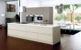 cuisine moderne taupe 85 ideas for interior decorating with the color taupe discover