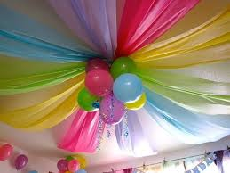 party decorations dollar store plastic tablecloths and a few balloons awesome