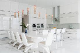 cuisine table int r grande table cuisine maison design wiblia com