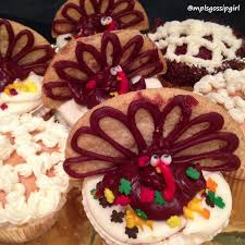 thanksgiving turkey cupcake cake wuollet bakery mplsgossipgirl