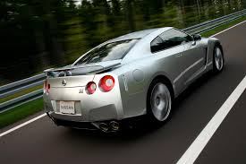 Nissan Gtr Horsepower - 2013 nissan gt r updates to include bump to 570 hp