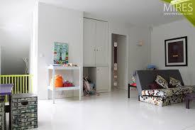 parquet blanc chambre parquet blanc chambre ides dco pour une chambre with parquet