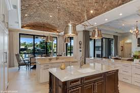 boca manse with chicago brick ceiling in the kitchen asks 15 5m