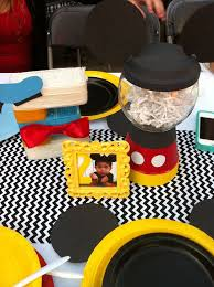mickey mouse clubhouse centerpieces 34 gambar terbaik tentang mickey mouse clubhouse party ideas di