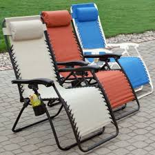 the versatile zero gravity lounge chair