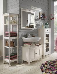 badezimmermbel holz ideen italienische badmbel badezimmermbel braun nussbaum holz